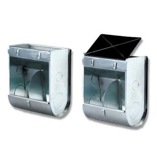 Bainbridge Twin Compartment Feeder with Lid – External Cage Hanging